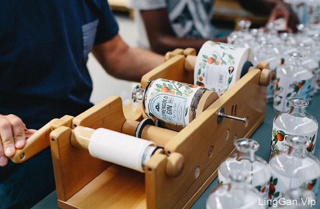 国外包装设计之Clemen GoldGin杜松子酒水包装设计