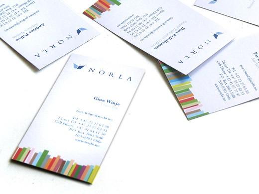 两种创意设计风格的横式竖式企业名片设计
