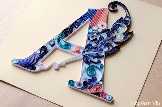 色彩缤纷的手工花卉纸艺字体设计